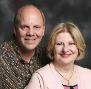 Dan and Gloria Ward | MediGuardUSA | Personal Alert Systems